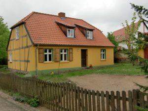 Altes Fachwerkhaus in der Dorfmitte