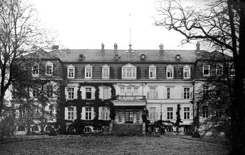Schloss (historische Aufnahme)